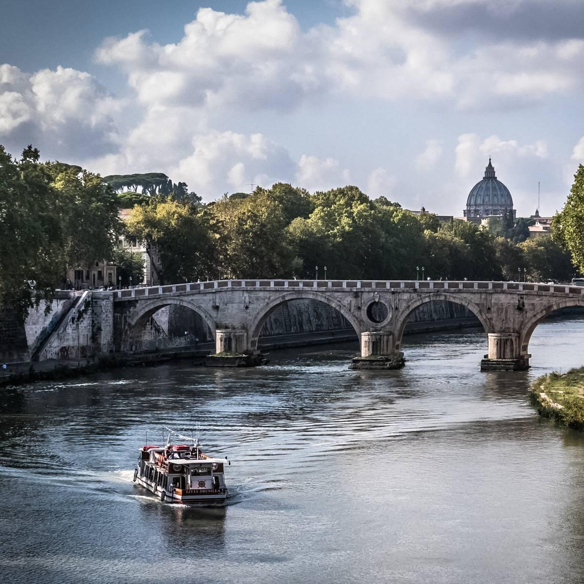 4l-hotels-rome-tiber